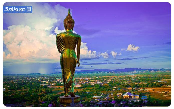 برکت دادن بودا در وات فرا دت خاونوی Wat Phra That Khao Noi