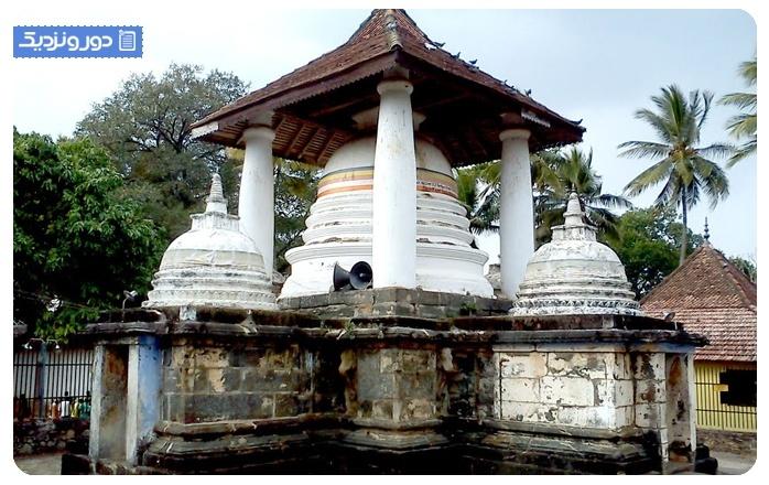 Gadaladeniya-temple